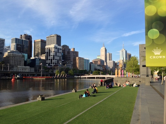 Spring day along the Yarra River, Melbourne