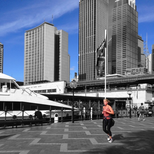 jogger-sydney-harbour