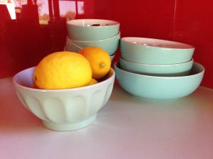 target-dishes-turquoise