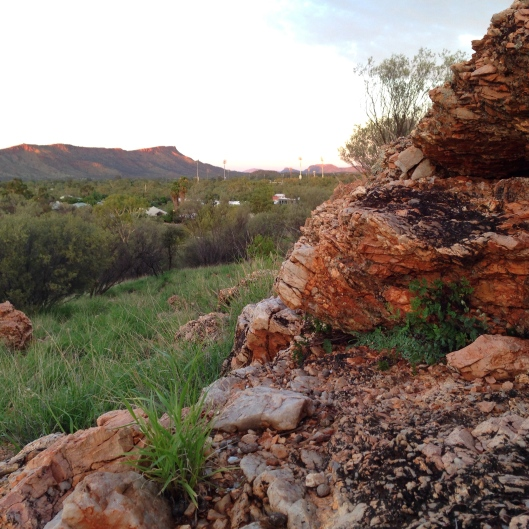 rock-outcrop-alice-springs