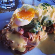 anchorage-eggs-benedict